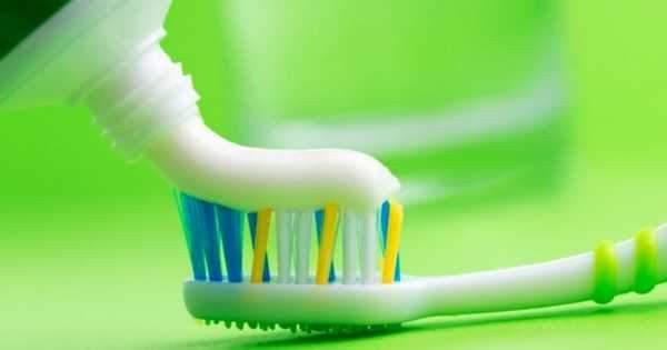 10 Ingredientes principales en las pastas dentales