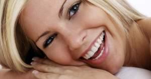 15 prácticas para mantener unos dientes saludables