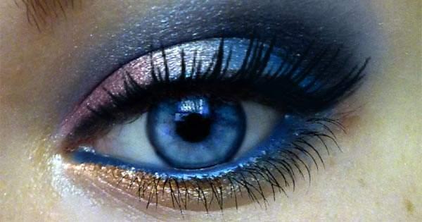 El Maquillaje De Ojos Daña La Vista