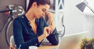 Lentes de contacto y dolores de cabeza ¿Qué pasa?