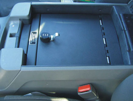 ford_expedition_2000-2006_cv1016_full-floor-console