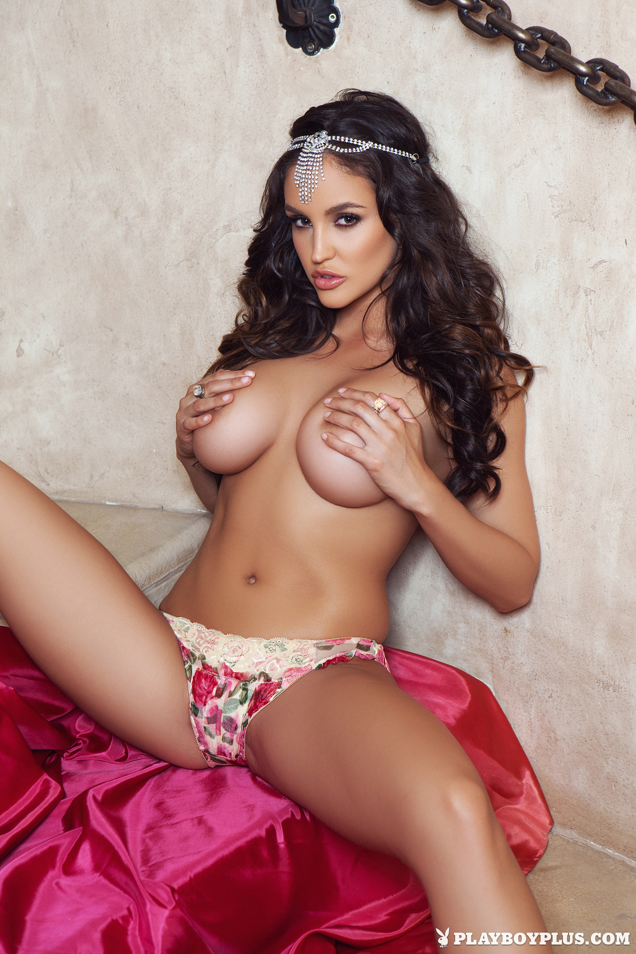 Jaclyn Swedberg in Sweet Retreat  Centerfolds Blog