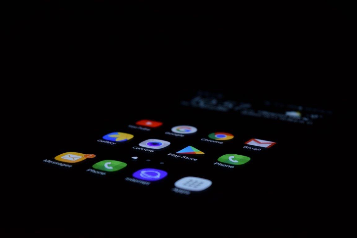 Atualizações e novos apps para android indisponíveis temporiariamente