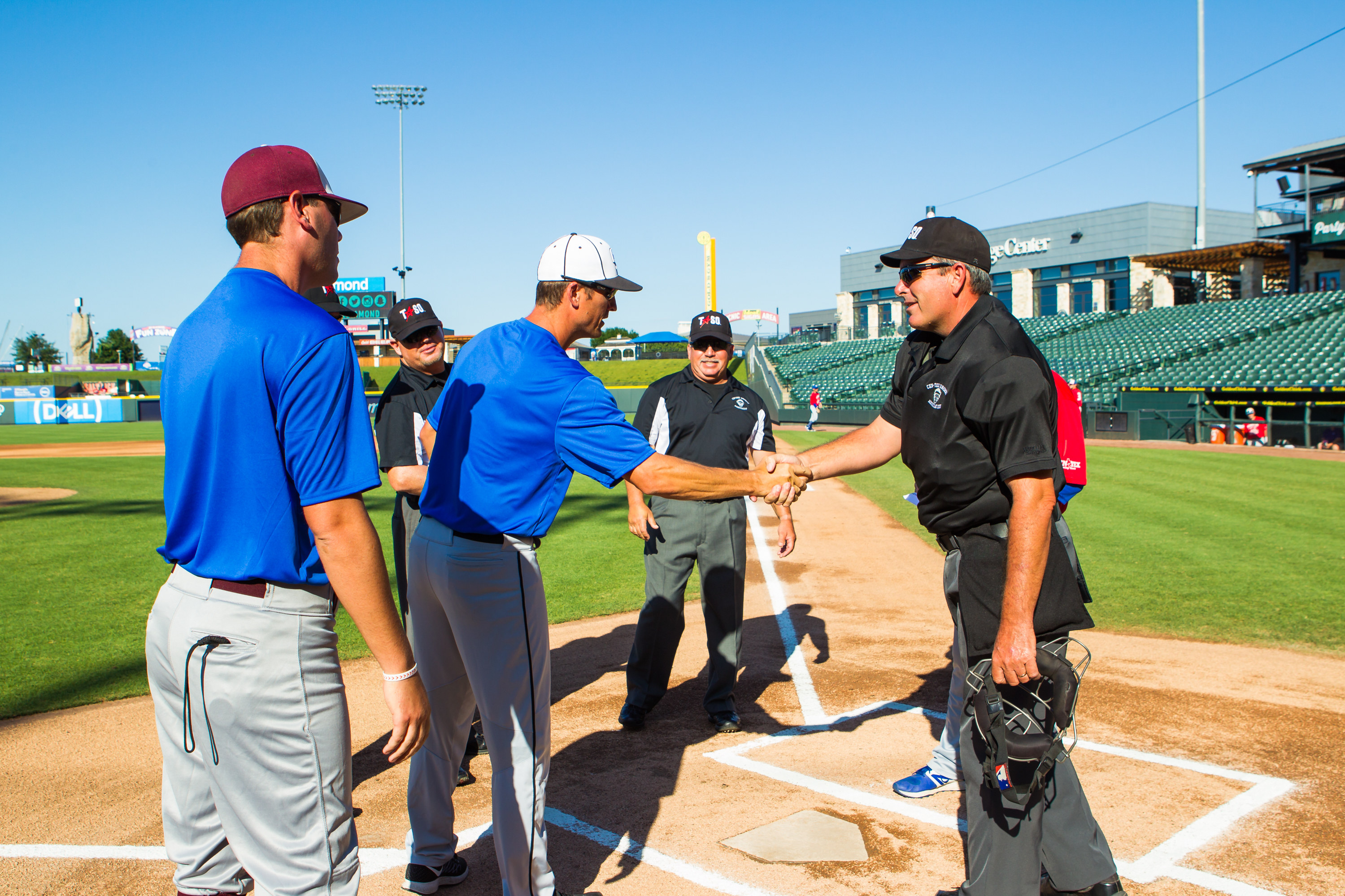 how to become an umpire in texas