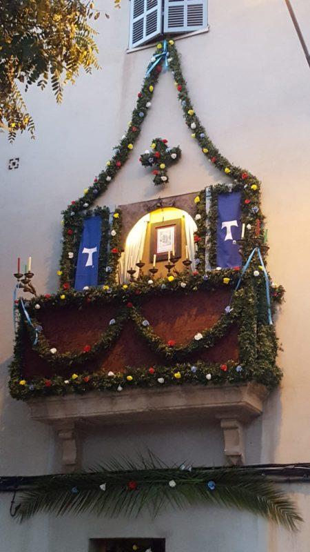 El Concurs De Frontis De Sant Antoni, Per Al Número 6 Del Carrer De Lleó XIII