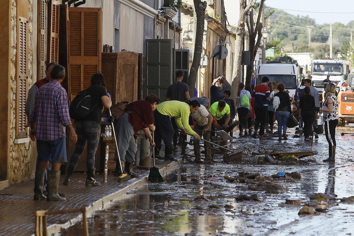 L'Ajuntament De Sant Llorenç Reparteix 1,35 Milions D'euros Entre Els Afectats De La Torrentada