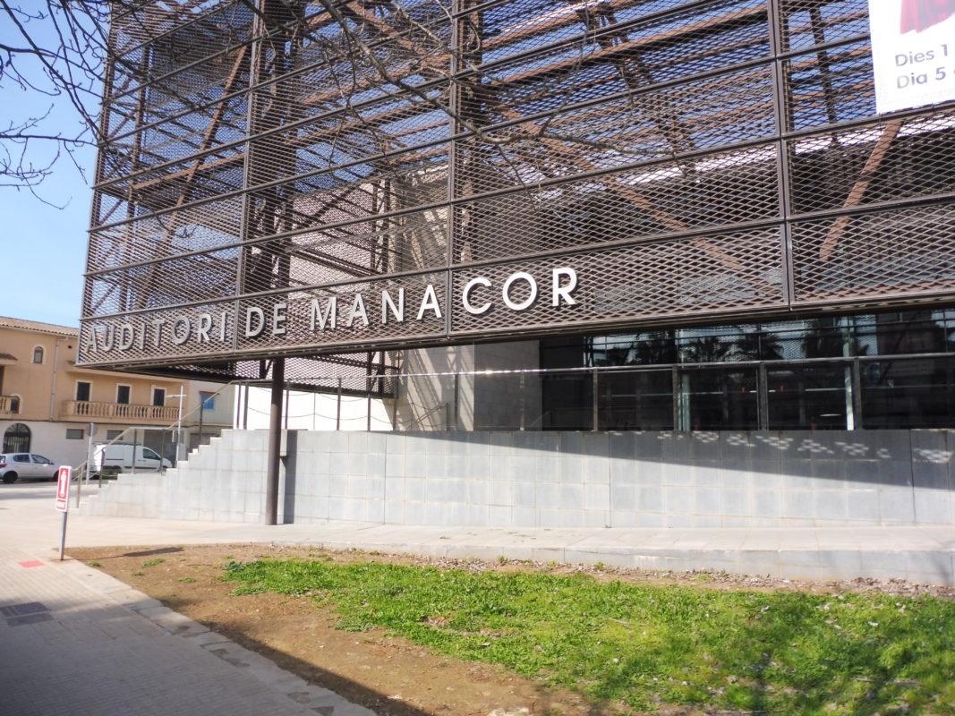 100.000 Usuaris A L'any: Manacor, Capital Teatral