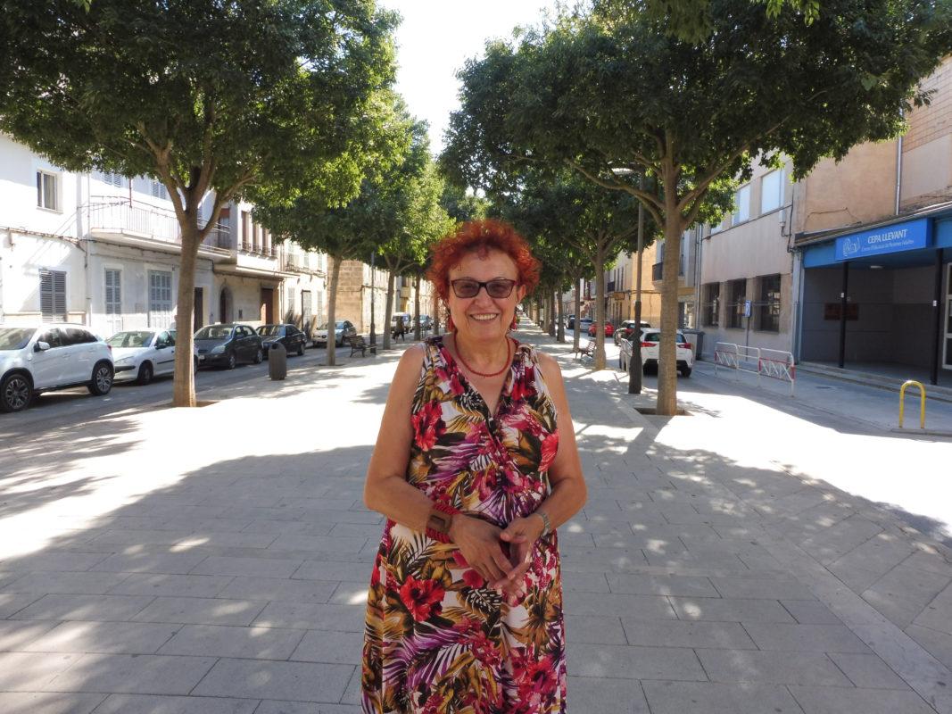 """""""Seguiré Sent Feminista I Activista, Maldament Sigui Des De La Institució"""""""