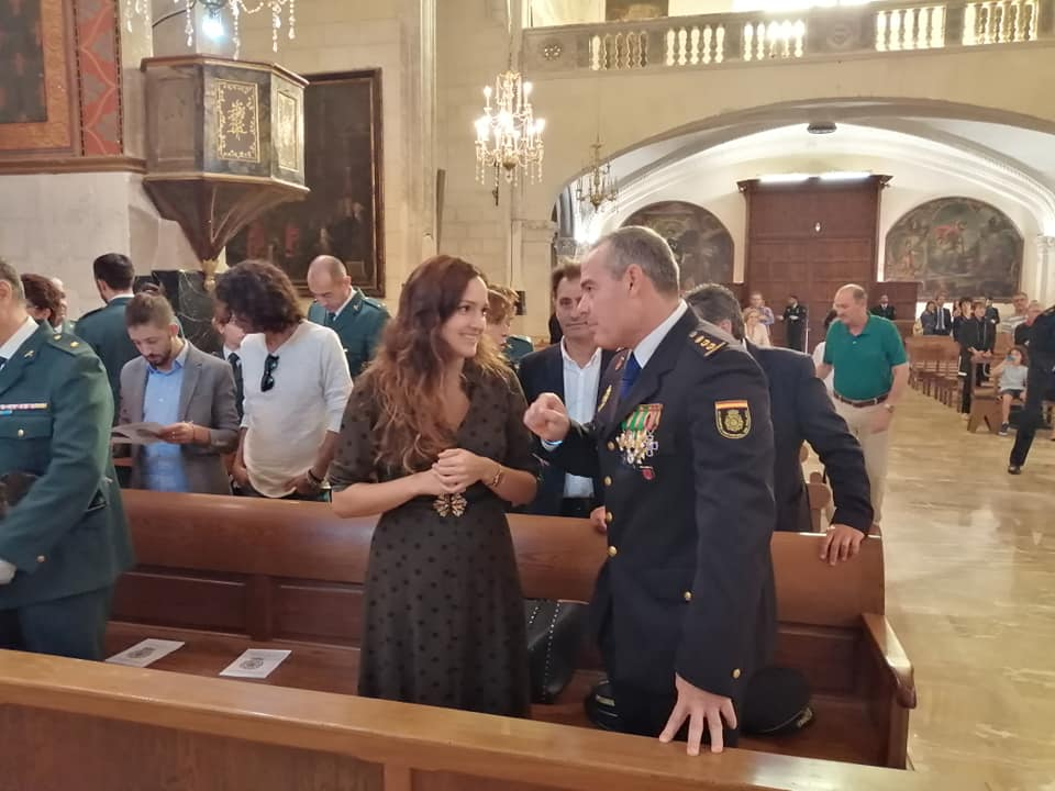 Núria Hinojosa Presideix La Missa Per La Policia