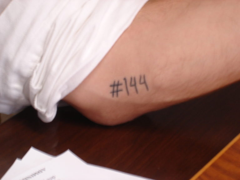 144 Dies Tatuats