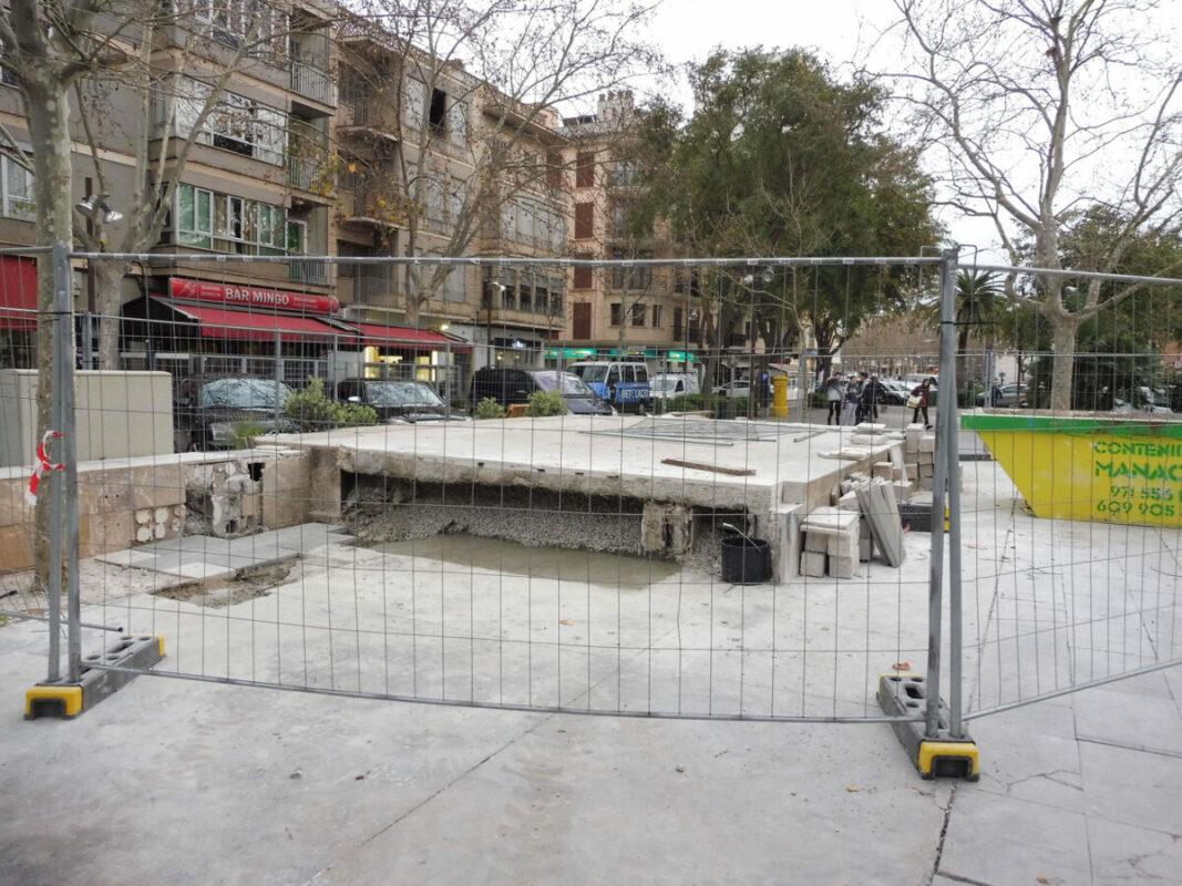 L'oposició Critica La Demolició Parcial Del Cadafal De La Plaça Ramon Llull Per No Constar D'informes Tècnics