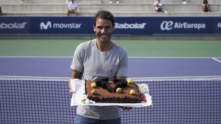 Un Aniversari Diferent, Per A L'ídol Del Tennis