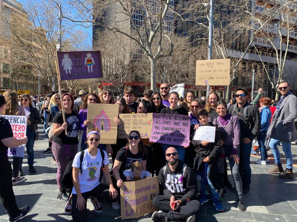 Neix Figues De Cosines, La Primera Associació Feminista De Sant Llorenç Des Cardassar