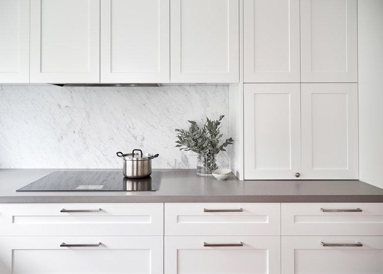 White Kitchen Marble Splashback