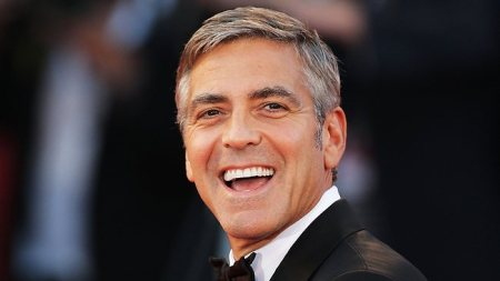 George_Clooney_sourire