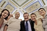 Marcello Sparaventi e Riccardo Gambelli con la famiglia Trincucci di Lucera