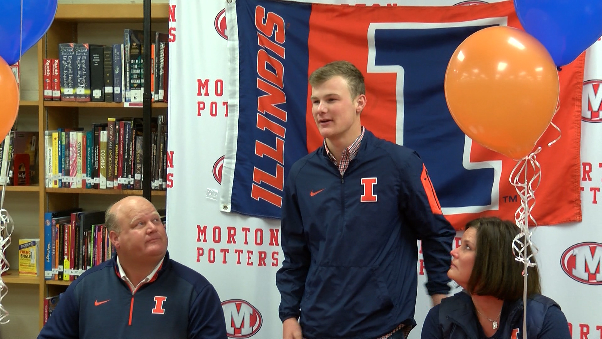 Tommy Kuhl signs with Illini_1510635351800.jpg