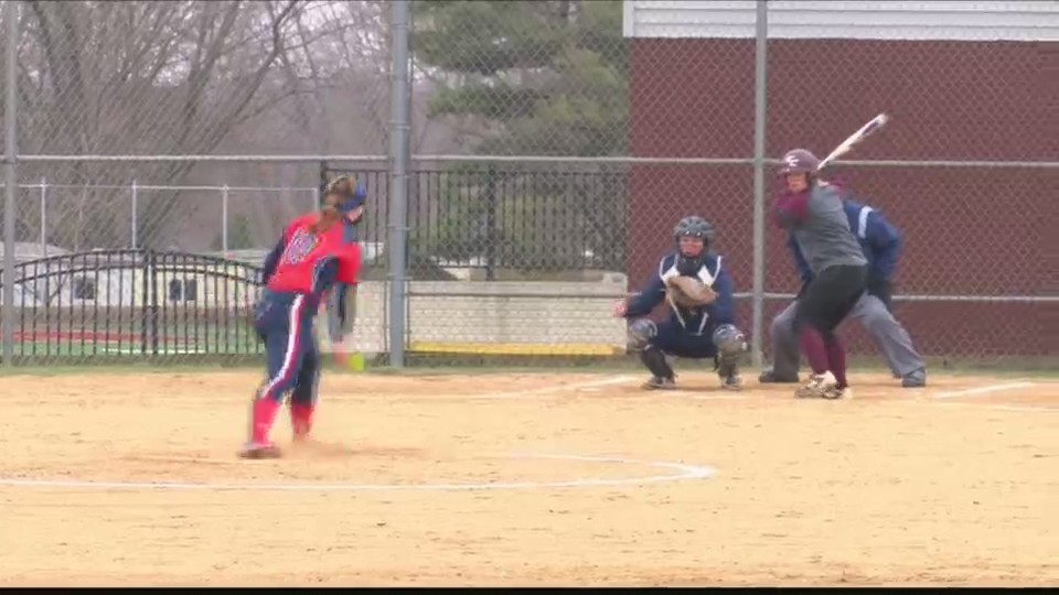 Eureka_Softball_Sweeps_Doubleheader_0_20180419035527