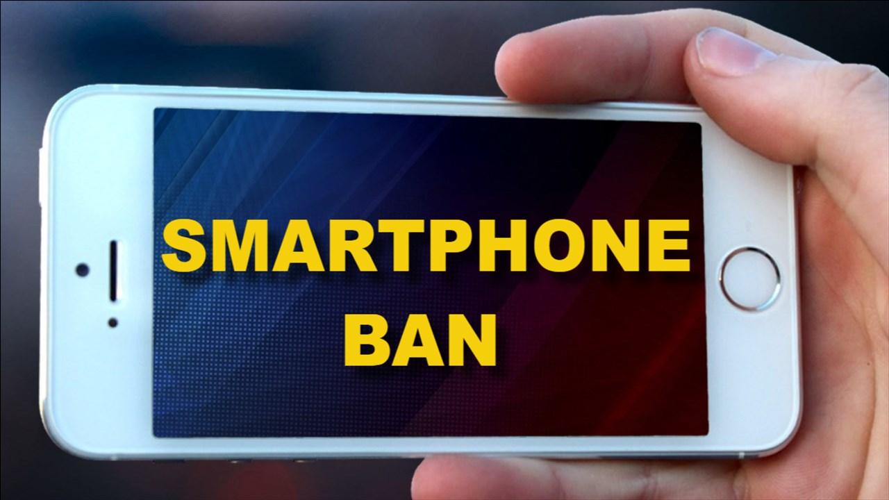 smartphone ban1.jpg