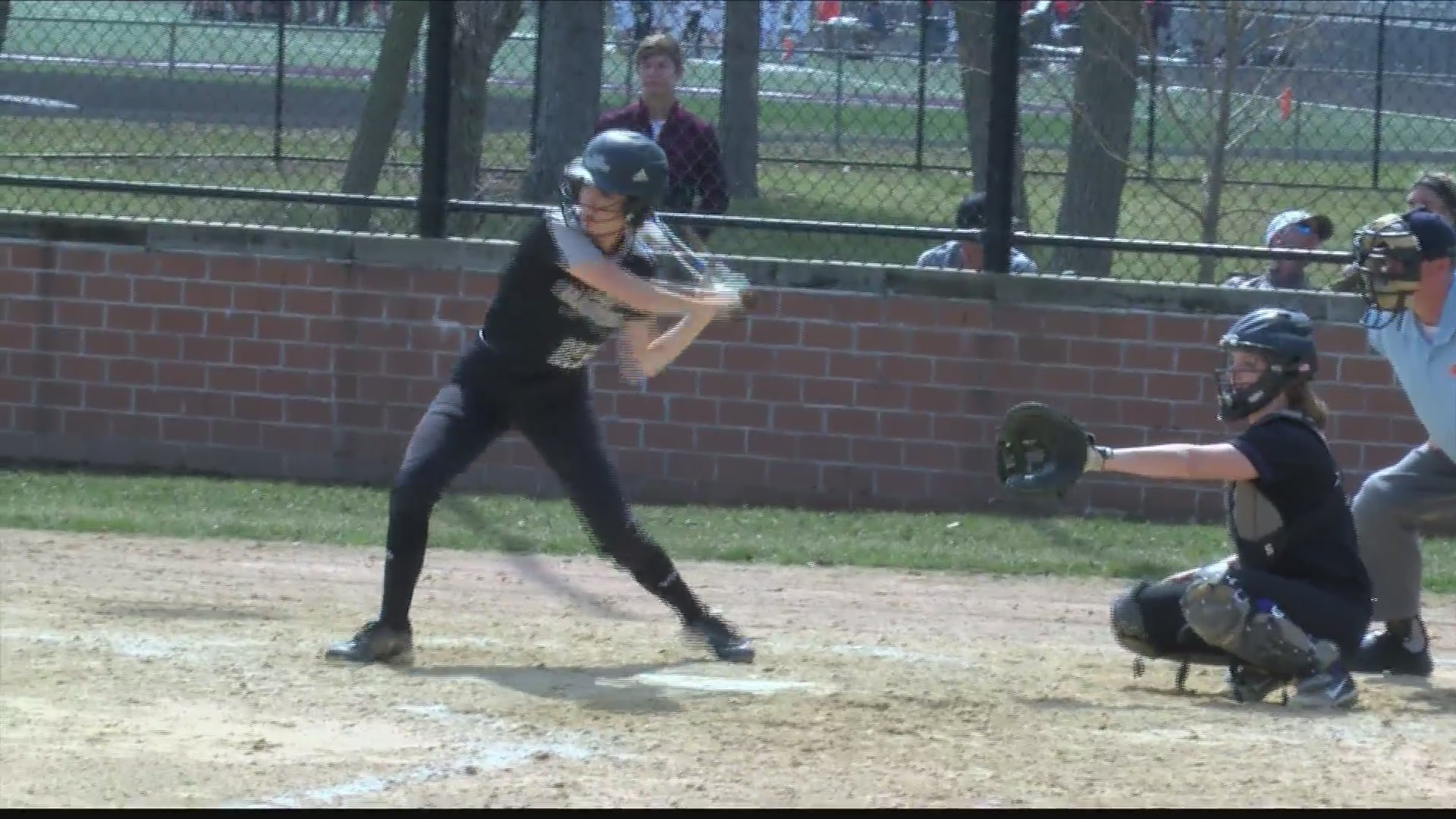 Midwest_Central_Softball_Takes_Swings_at_1_20190412035543
