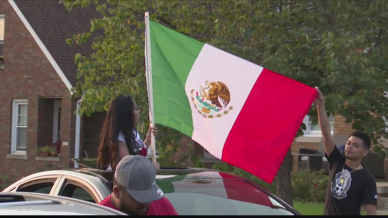Peorians Celebrate Mexican Independence Day Caravan Of