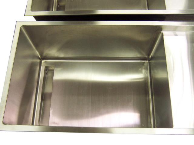 stainless-steel-sink-2