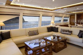 DRAGON yacht image # 9