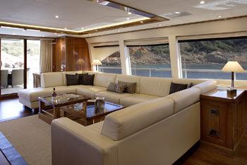 DRAGON yacht image # 10