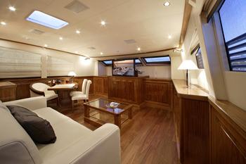 DRAGON yacht image # 14
