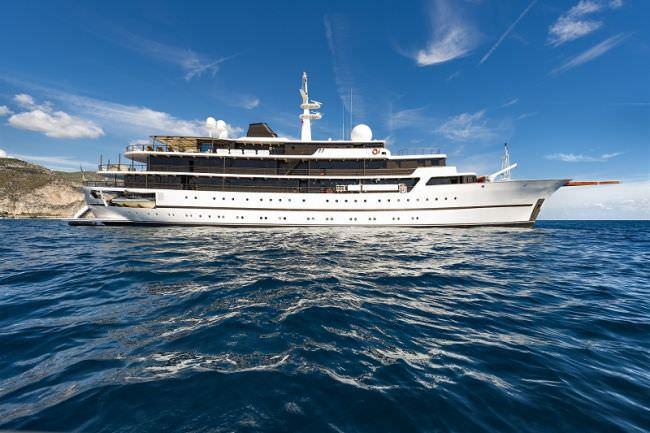 Main image of CHAKRA yacht