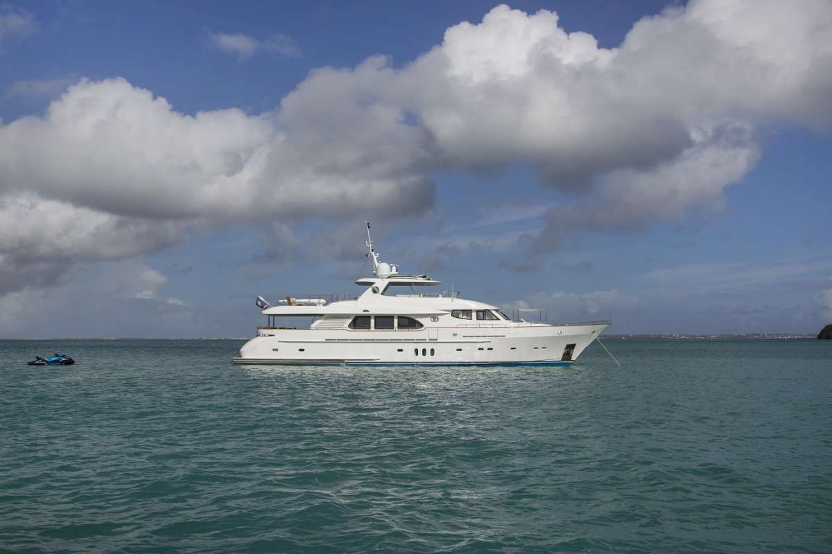 Main image of Pura Vida yacht