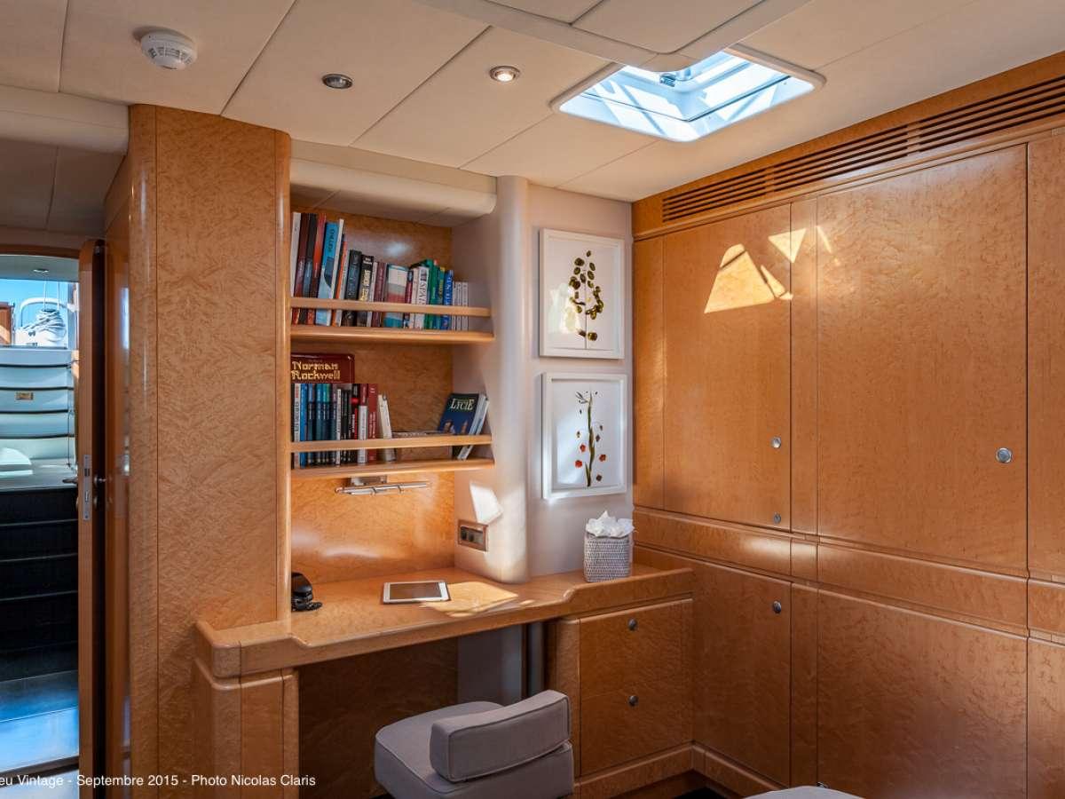 Image of GRAND BLEU VINTAGE yacht #8