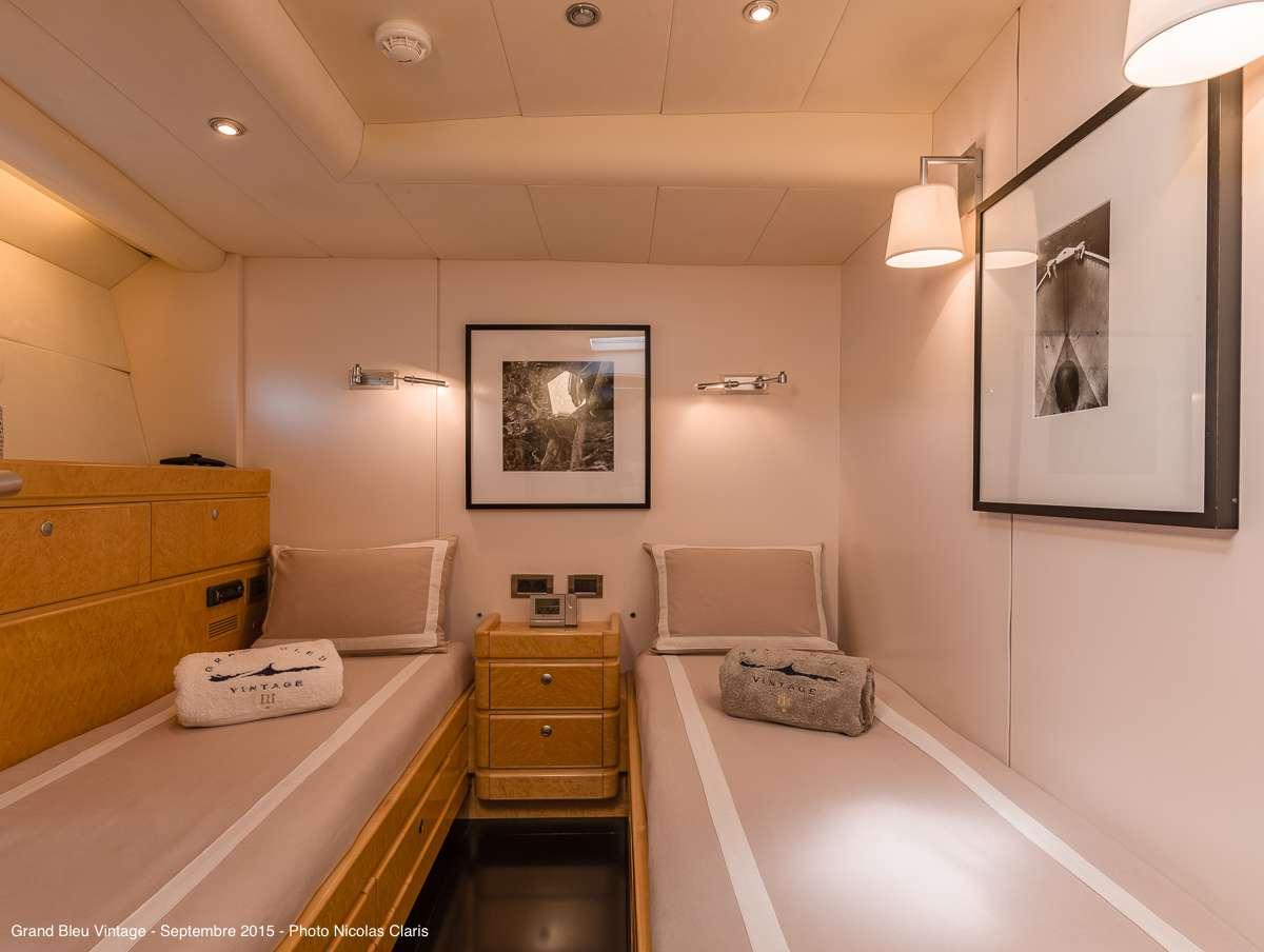 Image of GRAND BLEU VINTAGE yacht #9