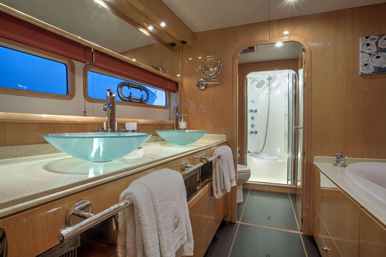 Image of MATAU yacht #7