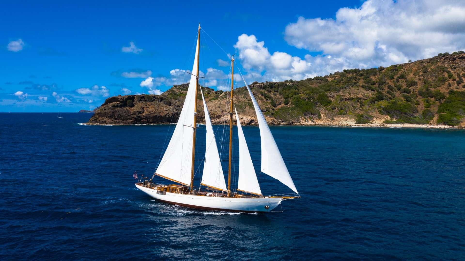 Image of EROS yacht #12