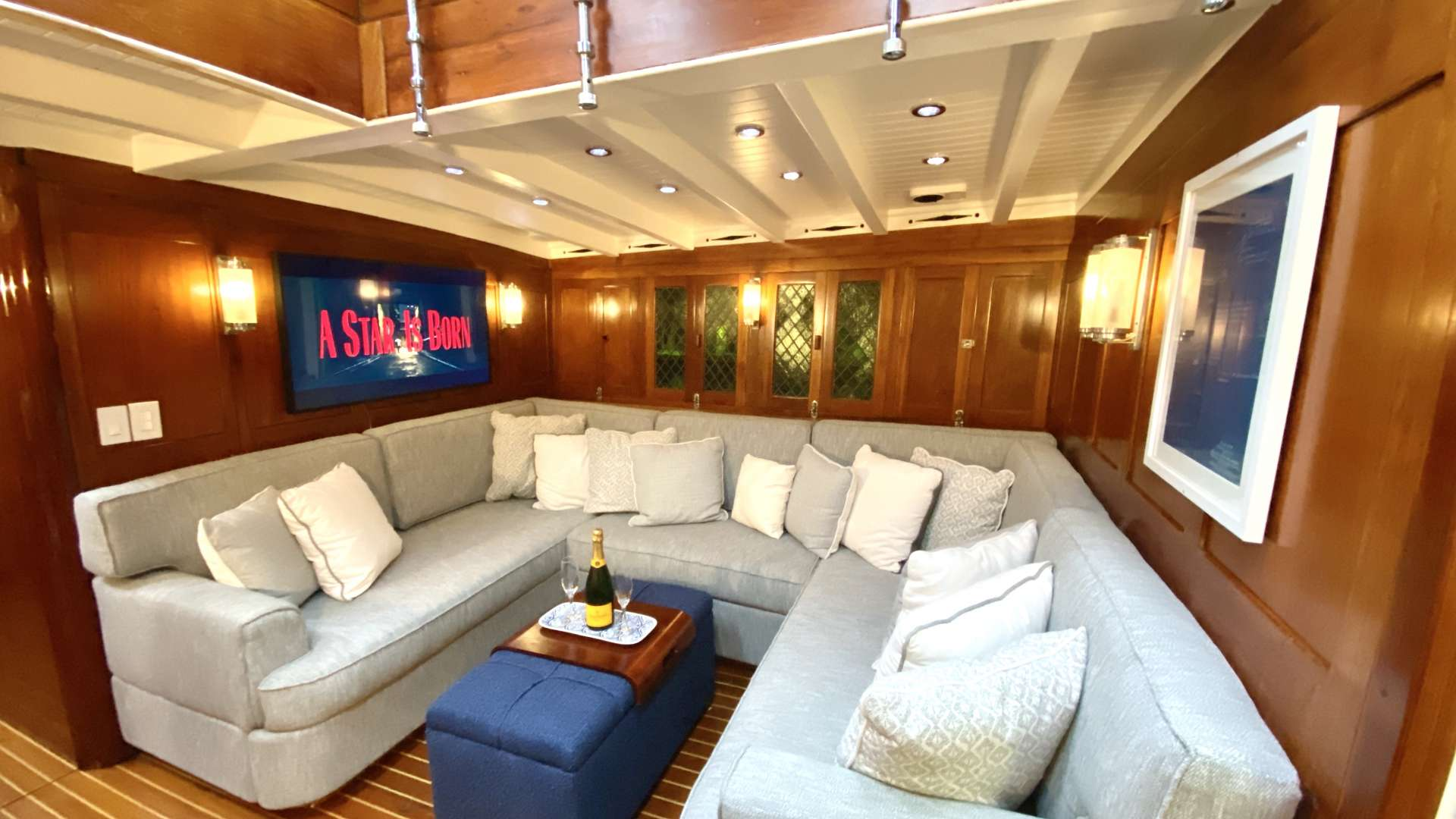 Image of EROS yacht #19
