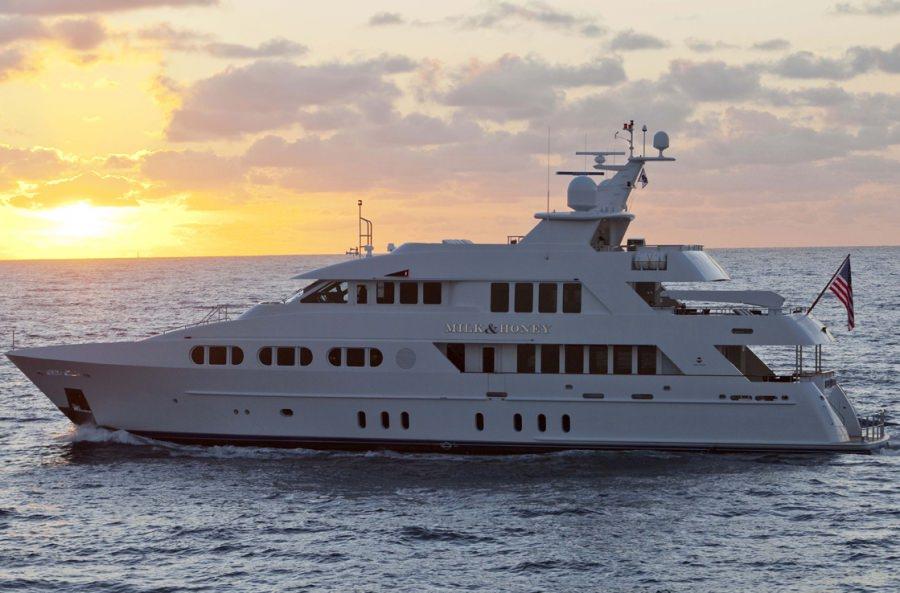 MILK & HONEY yacht main image