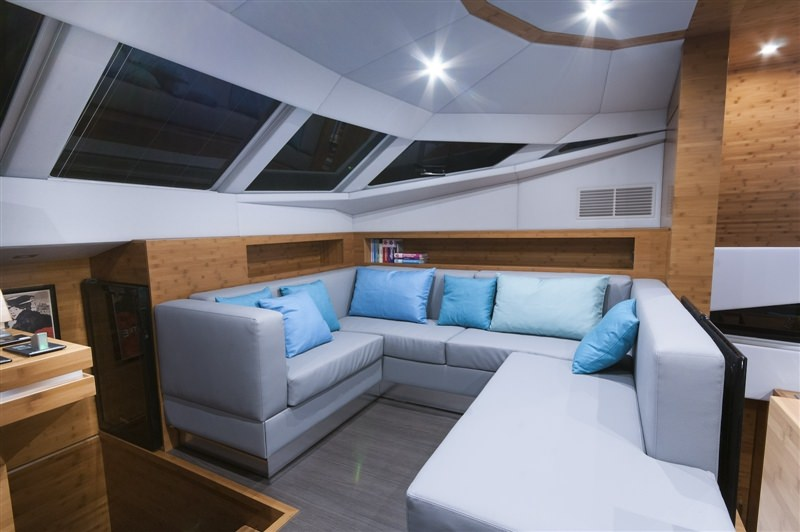 Image of SKYLARK yacht #11