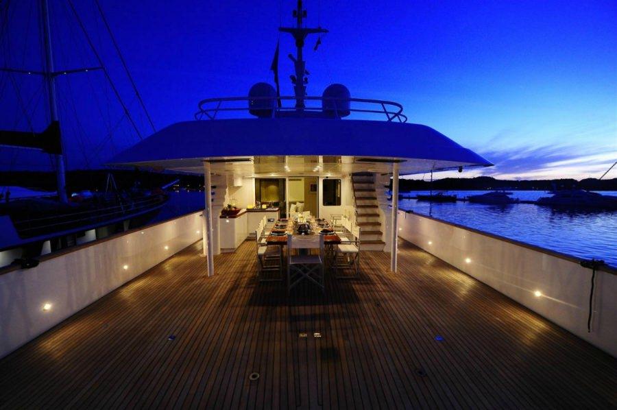 Image of BERZINC yacht #16
