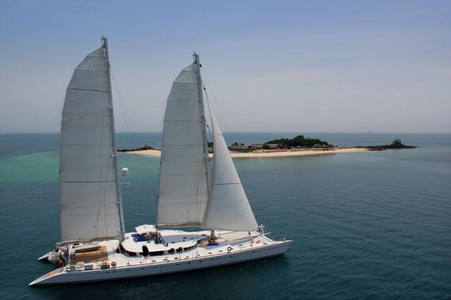 Main image of DOUCE FRANCE yacht