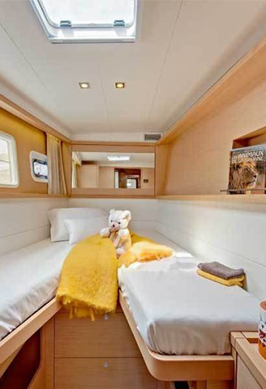 AMELIA yacht image # 3
