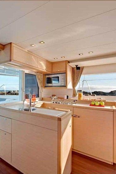 AMELIA yacht image # 8