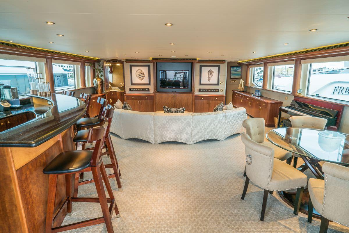 NICOLE EVELYN yacht image # 14