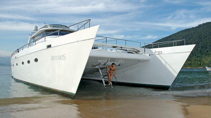 ATLANTIS II Yacht Charter Motor Boat Ritzy Charters