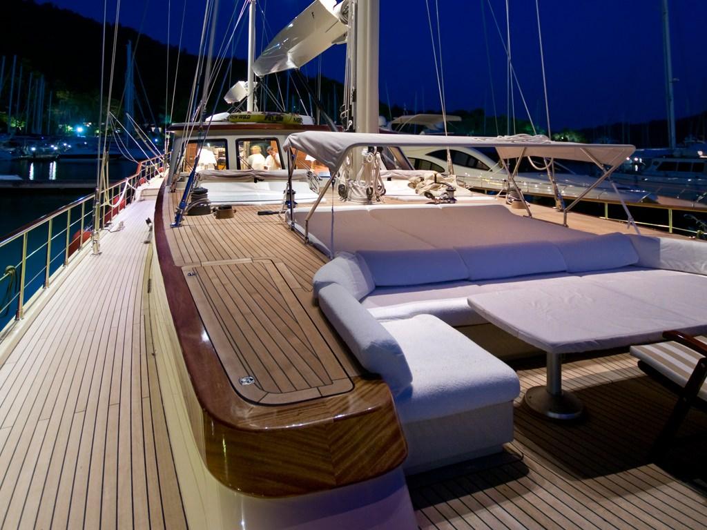 DAIMA yacht image # 3