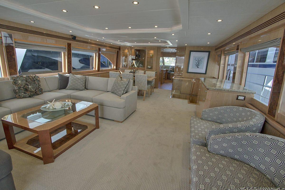 IRRESISTIBLE yacht image # 1