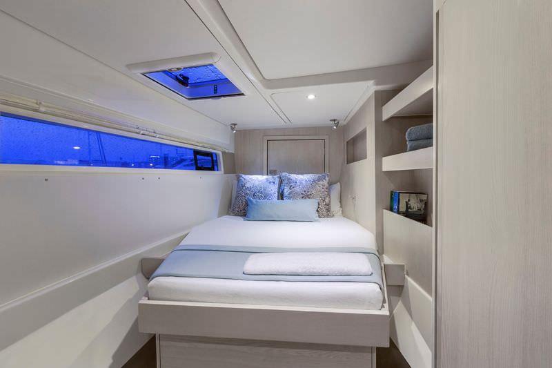 ROXANNE M/V yacht image # 5