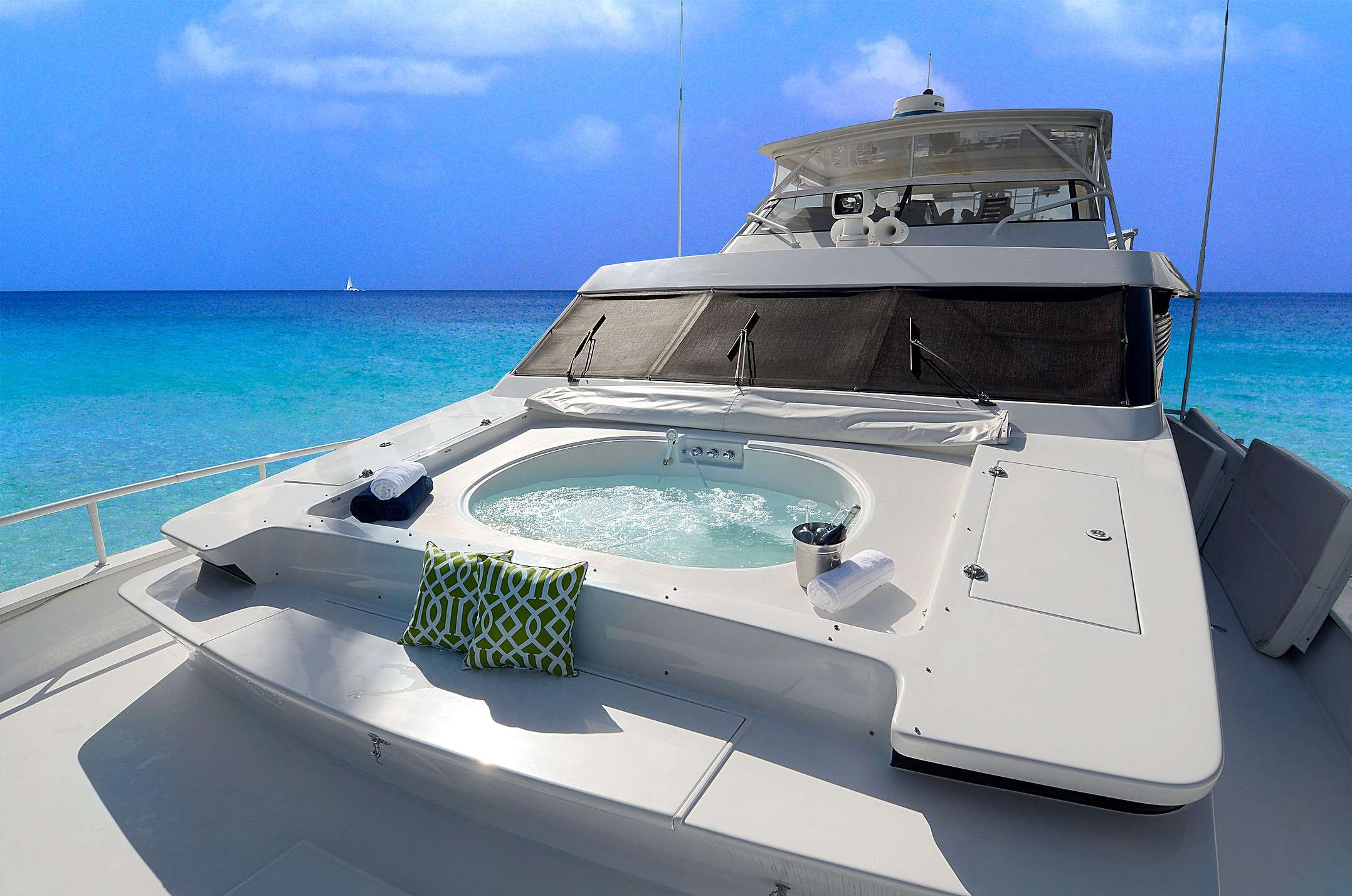 Image of SUITE LIFE yacht #2