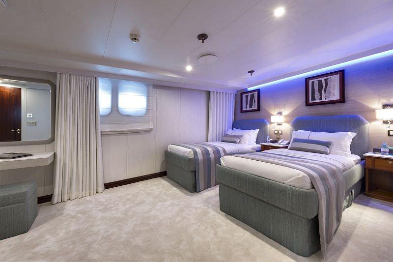Image of CHAKRA yacht #11