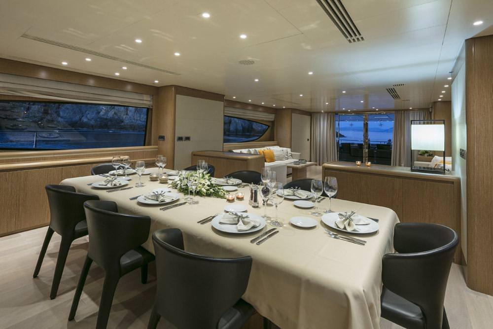 Image of RINI V yacht #6